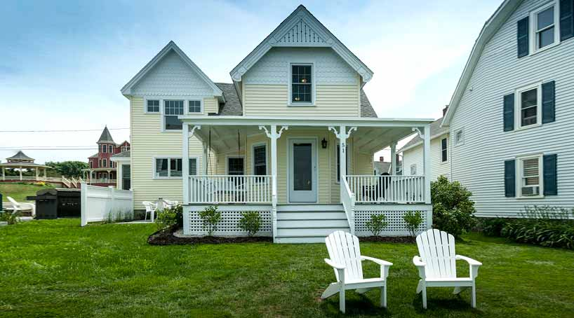 Sea View - Exterior and Lawn - York Beach, Maine Vacation Rental