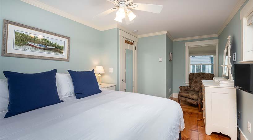 Vacation Rentals In Maine - Bedrooms 1