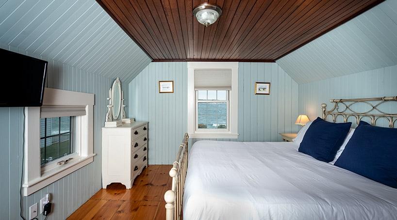 Luxury Beach House Rentals Maine - Bedrooms 2