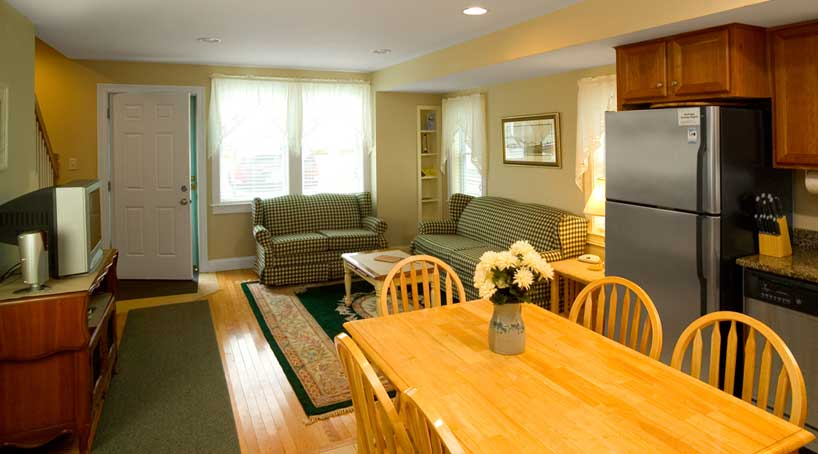 Carriage House Dining Area - Vacation Rental - York, Maine