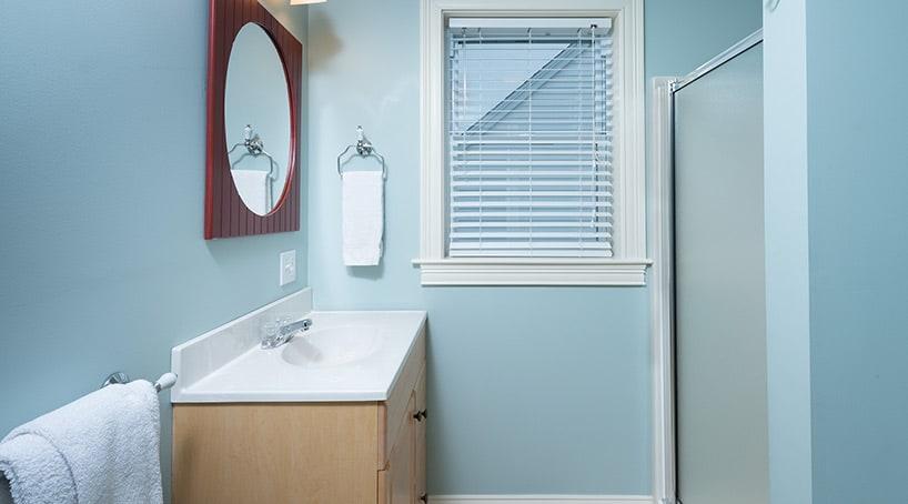 Maine Beach Cottages Bathroom 1