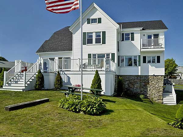 The Maine House southern Maine beach rentals in York Maine