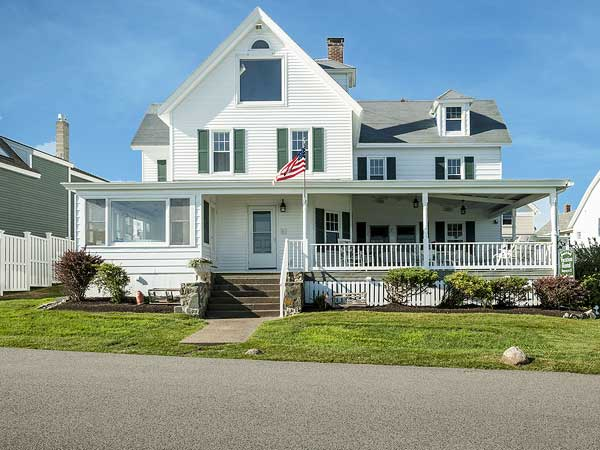 The Sand and Surf seaside rentals in York Beach Maine