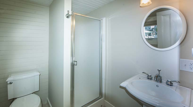 Sand and Surf Bath 1 - York, Maine Vacation Rental